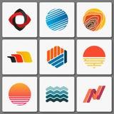 De Reeks van het Ontwerp van het embleem Geometrische emblemen Creatieve samenvatting Eenvoudige elementen Stock Afbeelding