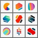 De Reeks van het Ontwerp van het embleem Geometrische emblemen Creatieve samenvatting Eenvoudige elementen Stock Foto's