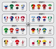 De reeks van de het teamgroep van de voetbalkop 2018 Voetbalsters met de eenvormige en nationale vlaggen van Jersey Vector voor i Stock Fotografie