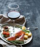 De reeks van het wijnvoorgerecht Glas rode wijn, wijnoogst Stock Foto's