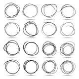 De reeks van 16 overhandigt Getrokken Gekrabbelcirkels royalty-vrije illustratie