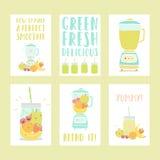 De reeks van zes overhandigt getrokken smoothie kaartmalplaatjes stock illustratie