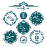 De reeks van zon bracht typografische uitstekende etiketten met elkaar in verband Royalty-vrije Stock Fotografie