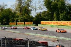 De Reeksauto's van Blancpaingt bij Ascari-Chicane van Monza Stock Foto