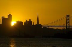 De reeksen van de zon in San Francisco neer Stock Afbeeldingen
