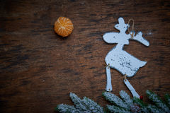 De reeksen van Kerstmisdecaradio Elanden tegen een donkere achtergrond royalty-vrije stock fotografie