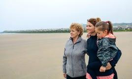 De regard femelle trois générations Photos libres de droits