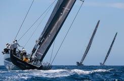 De regatta van de Wallyklasse in Mallorca wijd royalty-vrije stock afbeeldingen