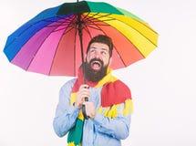 De regenachtige dagen kunnen taai zijn om door te worden Voorbereidingen getroffen voor regenachtige dag Onbezorgd en positief Ge royalty-vrije stock fotografie