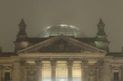 De Reichstagbouw - Reichstagsgebäude bij nacht Royalty-vrije Stock Afbeeldingen