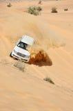 De reis van de jeep in de woestijn in Doubai Stock Foto's
