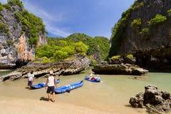 De reis van de kano op het Nationale Park van Phang Nga Stock Afbeeldingen