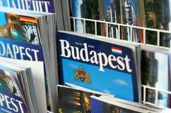 De reisgidsen van Boedapest stock afbeeldingen