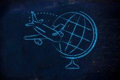 De reisindustrie: vliegtuig en het vliegen rond bol Royalty-vrije Stock Afbeeldingen