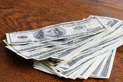 De Rekeningen van honderd Dollars Royalty-vrije Stock Foto's