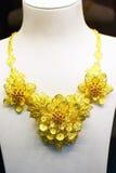 De rena guld- smyckena royaltyfri fotografi
