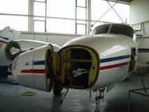 De reparatie van het vliegtuig Stock Foto