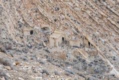 De resten van economische uitbreidingen onder de heuvel waarop de middeleeuwse vesting Ash Shubak zich dichtbij Al Jaya-stad in J royalty-vrije stock foto's