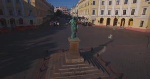 de Richelieu公爵纪念碑在傲德萨(空中) 影视素材