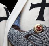 De ridderhandschoenen en zwaard van Teuton Royalty-vrije Stock Foto's