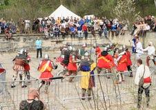 De ridders vechten in massabrawl Stock Afbeelding