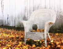 De Rieten Stoel van de herfst Stock Afbeelding