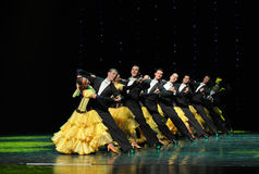 De rij-Fransen de cancan-de werelddans van Oostenrijk Stock Foto