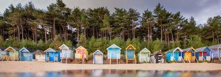 De rij van de strandhut op de kust van Norfolk Stock Foto
