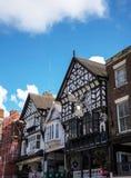 De Rijen zijn Tudor Black en Witte Gebouwen in Chester England stock foto's