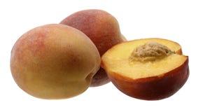 De rijpe plak van het perzikfruit Stock Afbeeldingen
