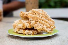 De rijstcracker (Khao-Tan) is het Thaise dessert royalty-vrije stock afbeelding