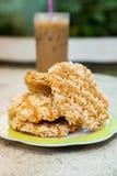 De rijstcracker (Khao-Tan) is het Thaise dessert royalty-vrije stock afbeeldingen