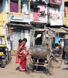 De riksja van de cyclus in Puri stock foto