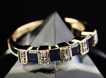 De ring van de eeuwigheid stock afbeelding