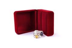 De ringenjuwelen zijn populair met de meisjes Een symbool van liefde en Th Royalty-vrije Stock Foto's