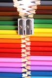 De ritssluiting van het kleurpotlood Stock Afbeeldingen