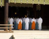 De Rituele Verering van de Shintotempel royalty-vrije stock foto
