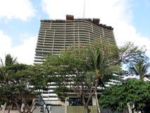 De Ritz-Calton uppehållen - Waikiki strand under konstruktion arkivfoto