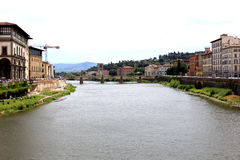 De Rivier Arno Running Through Florence, Italië stock foto