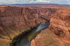 De Rivier die van Colorado bij Pagina, Arizona overgaan Royalty-vrije Stock Afbeeldingen
