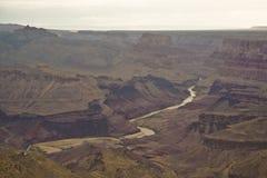 De rivier die van Colorado door grote canion Arizona vloeien royalty-vrije stock afbeeldingen