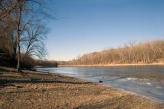 De rivier die van de Mississippi noordwaarts naar St. Paul kijkt royalty-vrije stock afbeelding