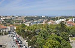 De rivier Douro en de Oceaanatlantische oceaan Stock Foto