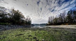 De rivier en de wolken van Donau royalty-vrije stock foto