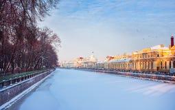 De rivier Fontanka in de winter Stock Foto