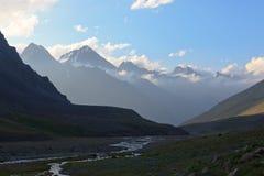 De rivier Tien Shan van de berg Royalty-vrije Stock Foto