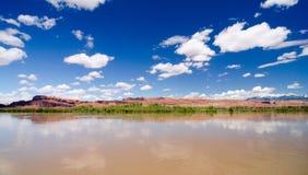 De rivier van Colorado buiten Moab, UT Royalty-vrije Stock Foto's