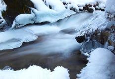 De rivier van de winter Stock Afbeelding