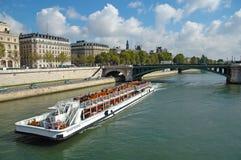 De rivier van de zegen in Parijs, Frankrijk Stock Foto's