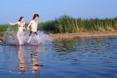 De rivier van de zomer Royalty-vrije Stock Afbeeldingen